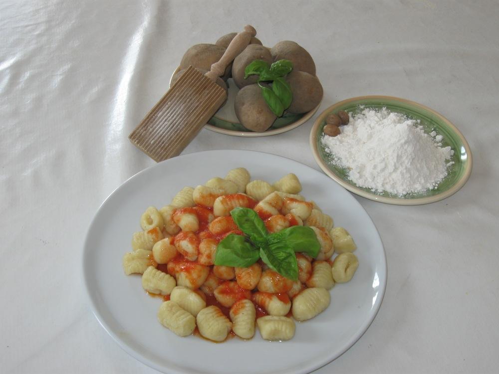 Gnocchi di patate antonia polese maestra di cucina ricette e news - Corsi di cucina verona ...
